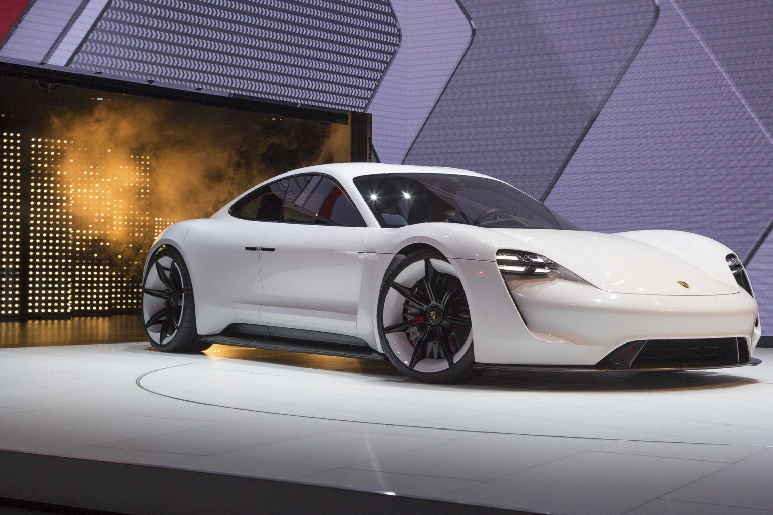 Porsche Iaa 2015 1